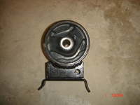 Подушка двигателя левая (L)  Geely MK-1  Джили MK 1016000634