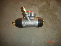 Цилиндр тормозной задний левый  Geely MK-1  Джили MK  1014003192