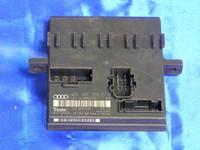 блок бортовой электроники ( 4E0910279S )